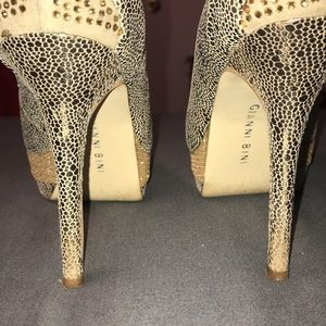Gianni Bini Gold & Silver Stilettos